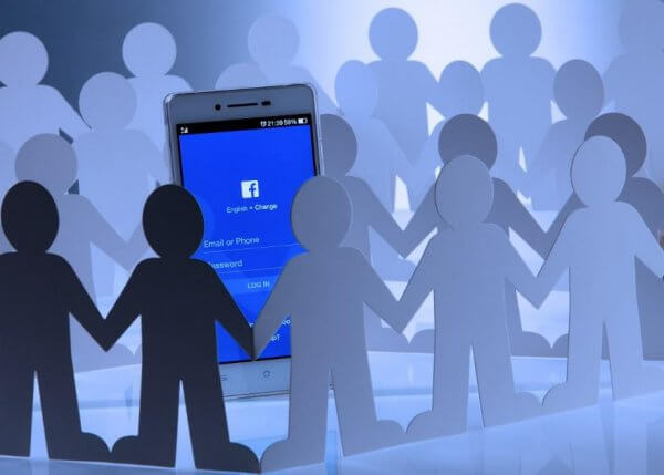 Agence digitale de growth hacking Facebook