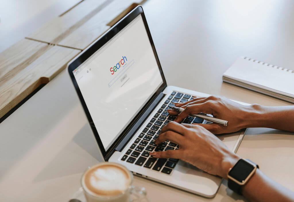 moteur de recherche personnalisé
